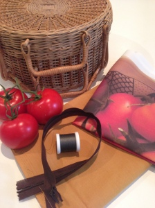tomato cushion supplies